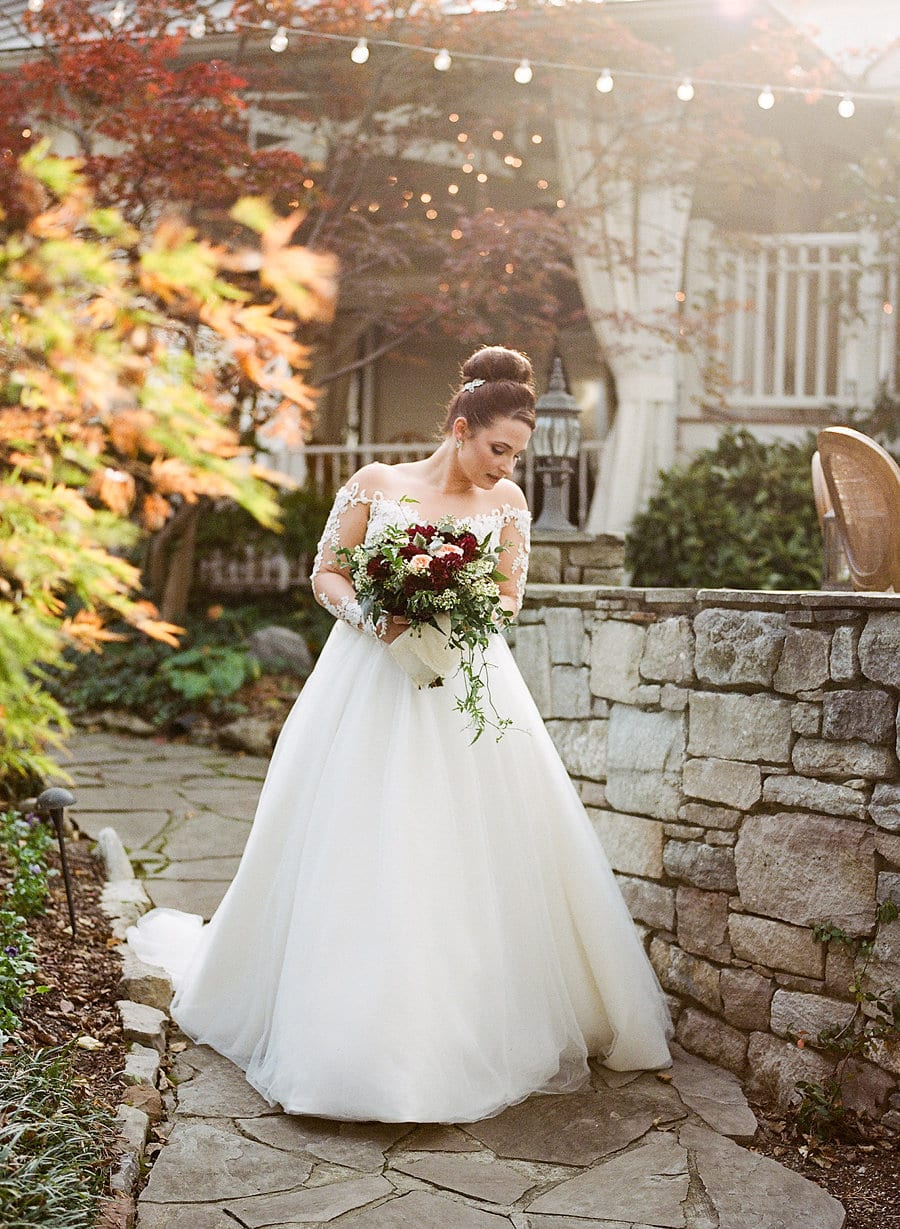 Intimate Garden Wedding, Nashville Tennessee Southern Wedding, Jenna Henderson Photographer, Cjs off the Square (20)