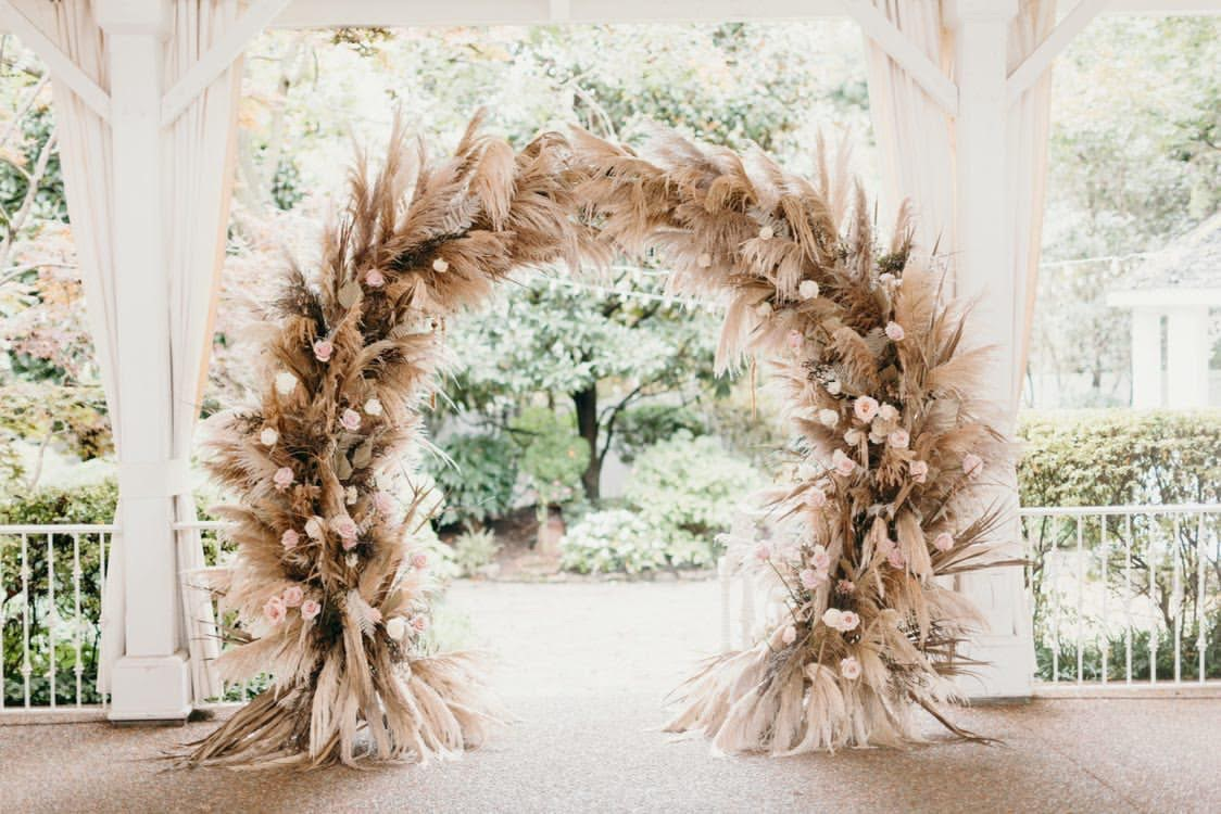 Feather arch for bohemian wedding / Boho Chic, Fall, October, Mauve